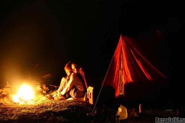 Ночевка в зимнем лесу  Зимний поход в лес с ночевкой без